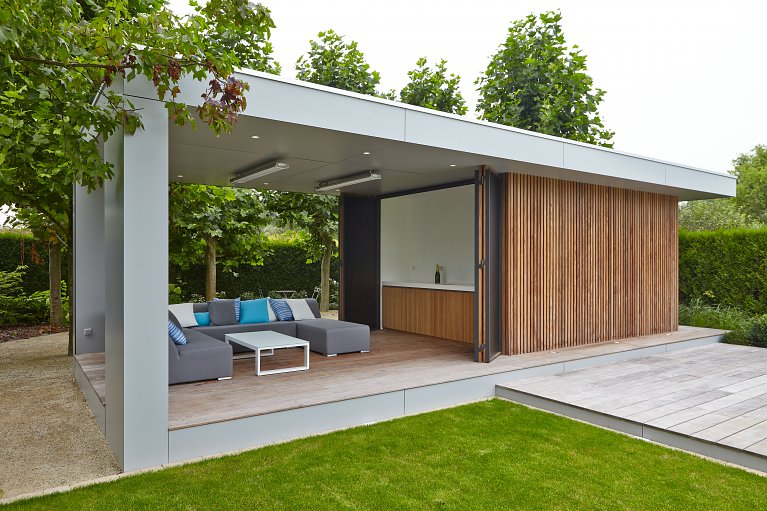 modern poolhouse in trespa en hout bogarden. Black Bedroom Furniture Sets. Home Design Ideas